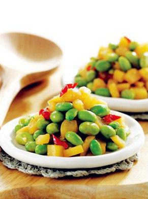 青豆萝卜干。图片来源:贝太厨房