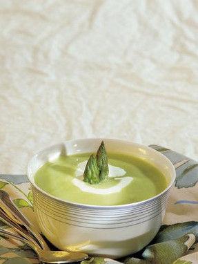奶油芦笋汤。图片来源:互联网