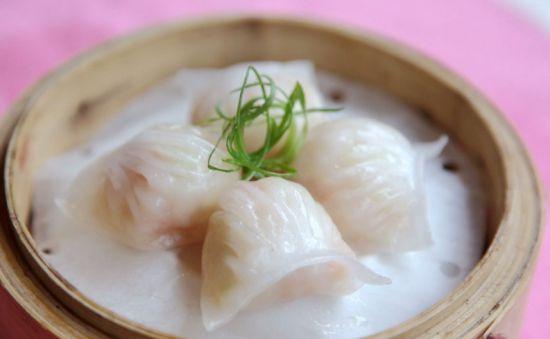 晶莹剔透广式早茶 水晶虾饺