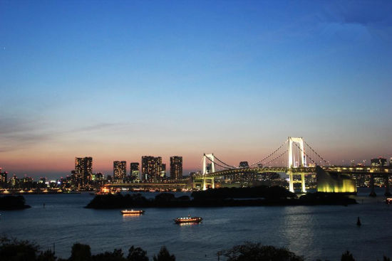 魅惑东京 迷失于撩人夜色