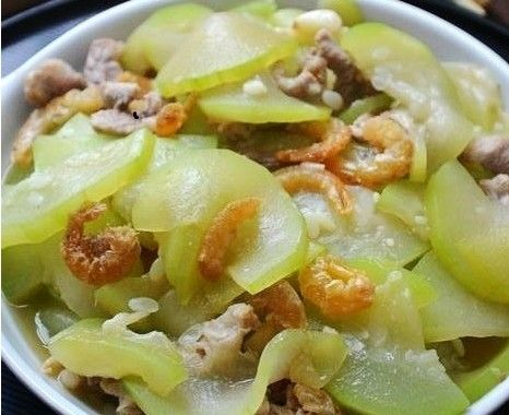 海米瘦肉炒西葫芦