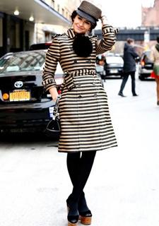 彩色大衣多彩变化之美