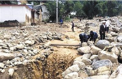 云南山洪致5人遇难3人失踪