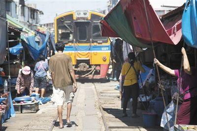 泰国通过两铁路项目 未来直通中国