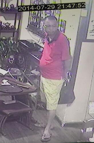 一个月内两个盗贼光顾同一人 手机被盗两次