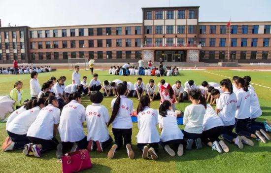 高中�yo�z+���_长海高中近700名师生共同学习急救知识