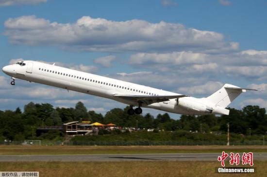 阿尔及利亚航空客机或因沙尘暴坠毁